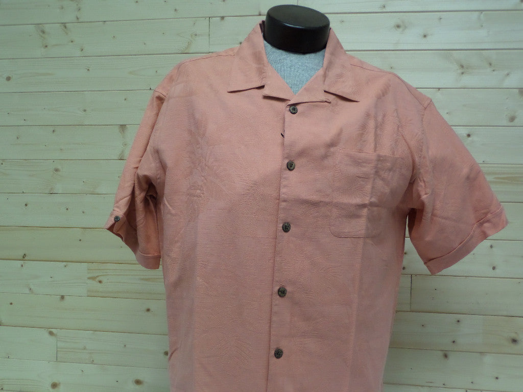Celinni 100% Silk Jacquard Camp Shirt in Melon Color at Lil Johns Big and Tall Men's Fashion