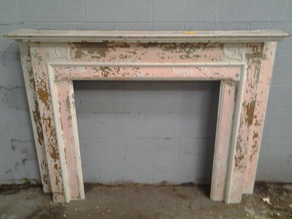 Mantel, Pink and White
