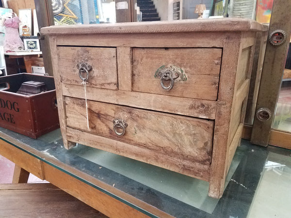 "3-Drawer Chest, 15"" Tall"