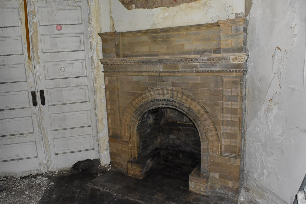 Mantel Surround, Brick