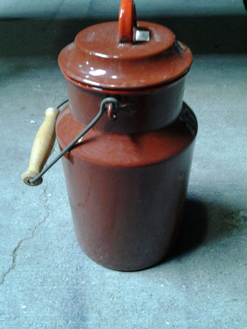 Enameled Pot, Red/Brown