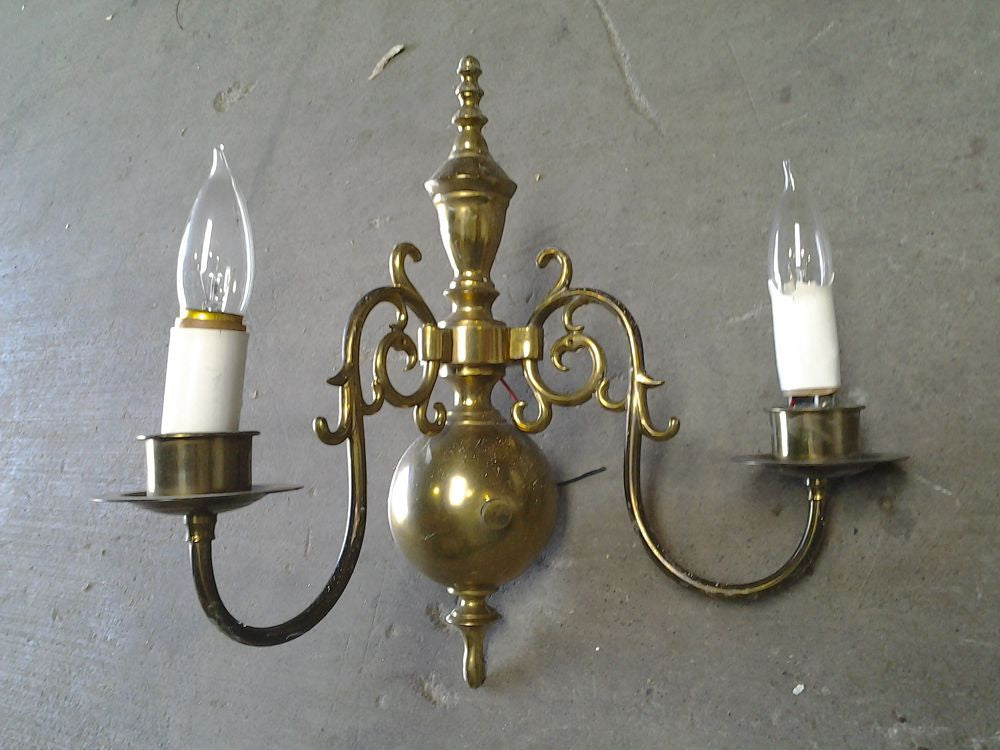 Sconce, 2-Arm, Brass