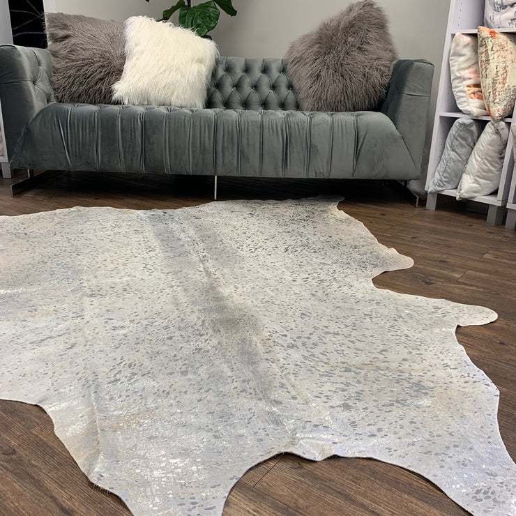 Real Cowhide Silver Metallic On White By Rug Factory Plus