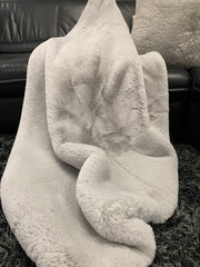 Chinchilla Feel Faux Fur Throw
