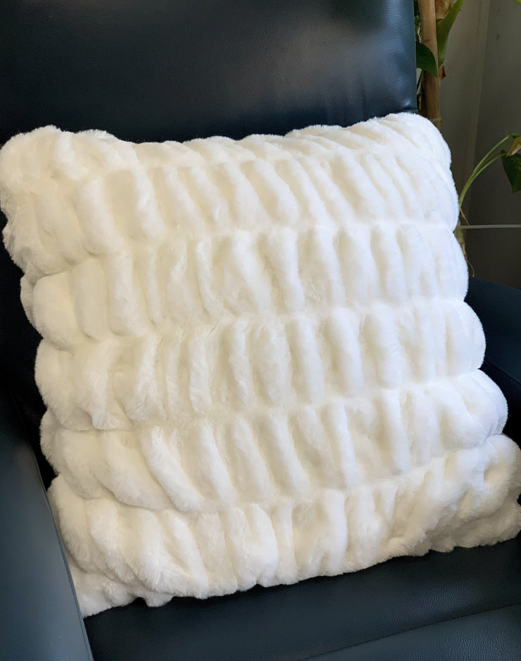 Nuevo Faux Fur Pillow White by Rug Factory Plus
