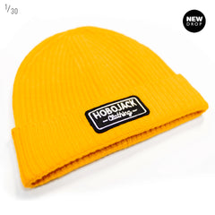 GOLD RIBBED BEANIE