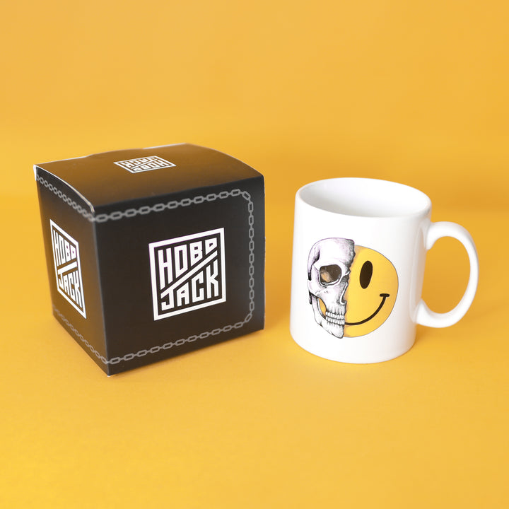 OLD SKULL SMILEY MUG - HOBOJACK
