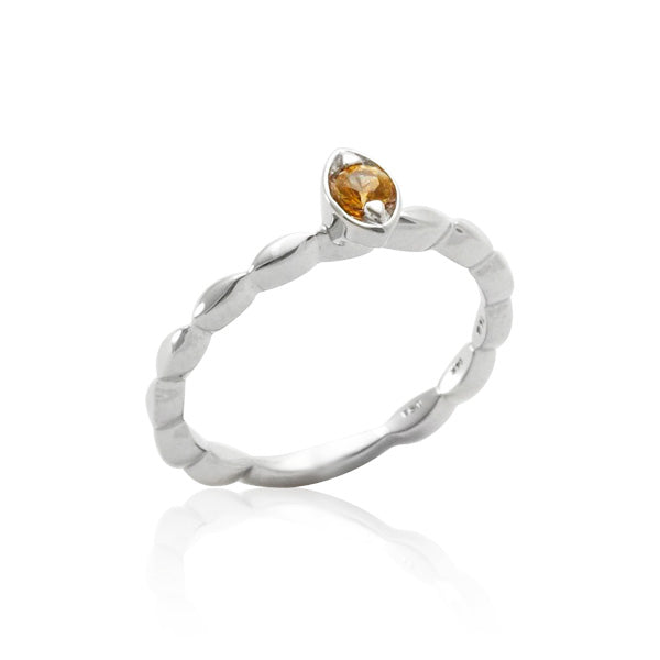 Light Yellow Montana Sapphire Ring