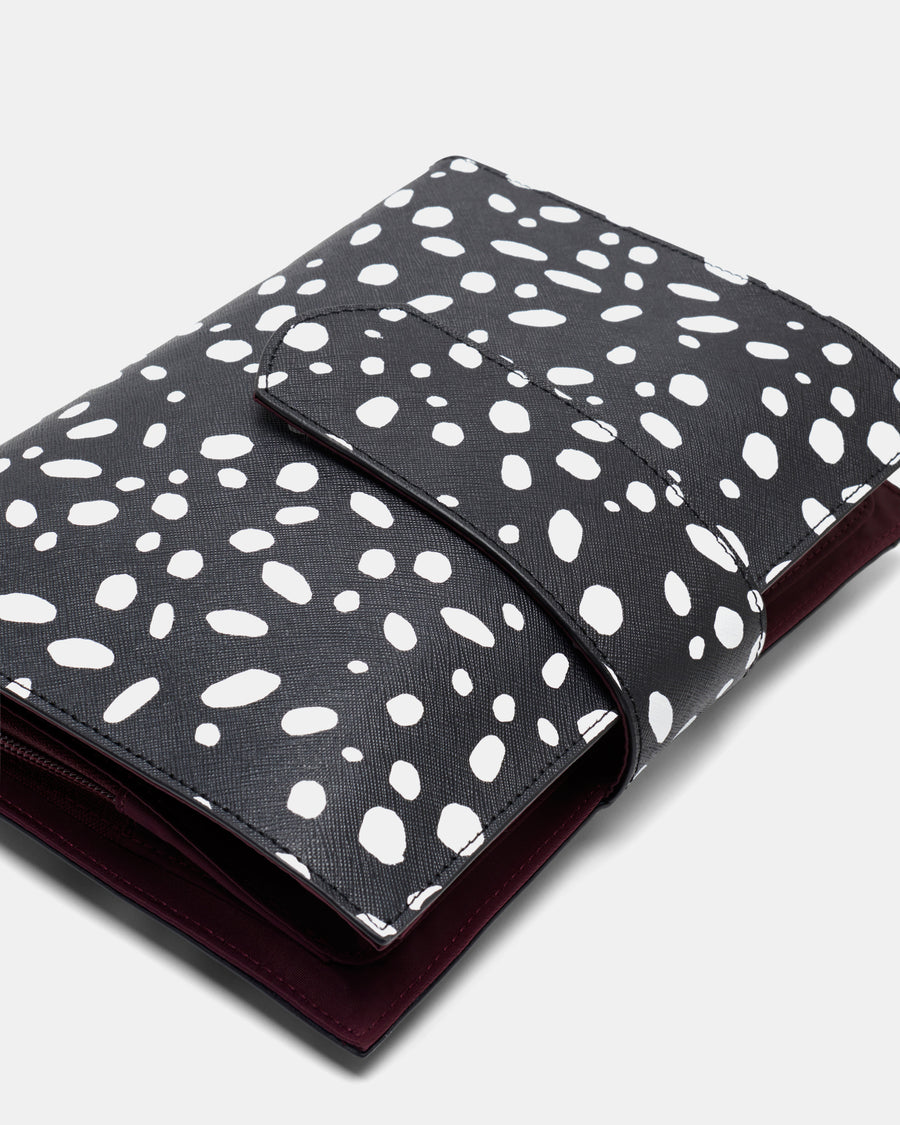 The Chic Baby Clutch - SPOT