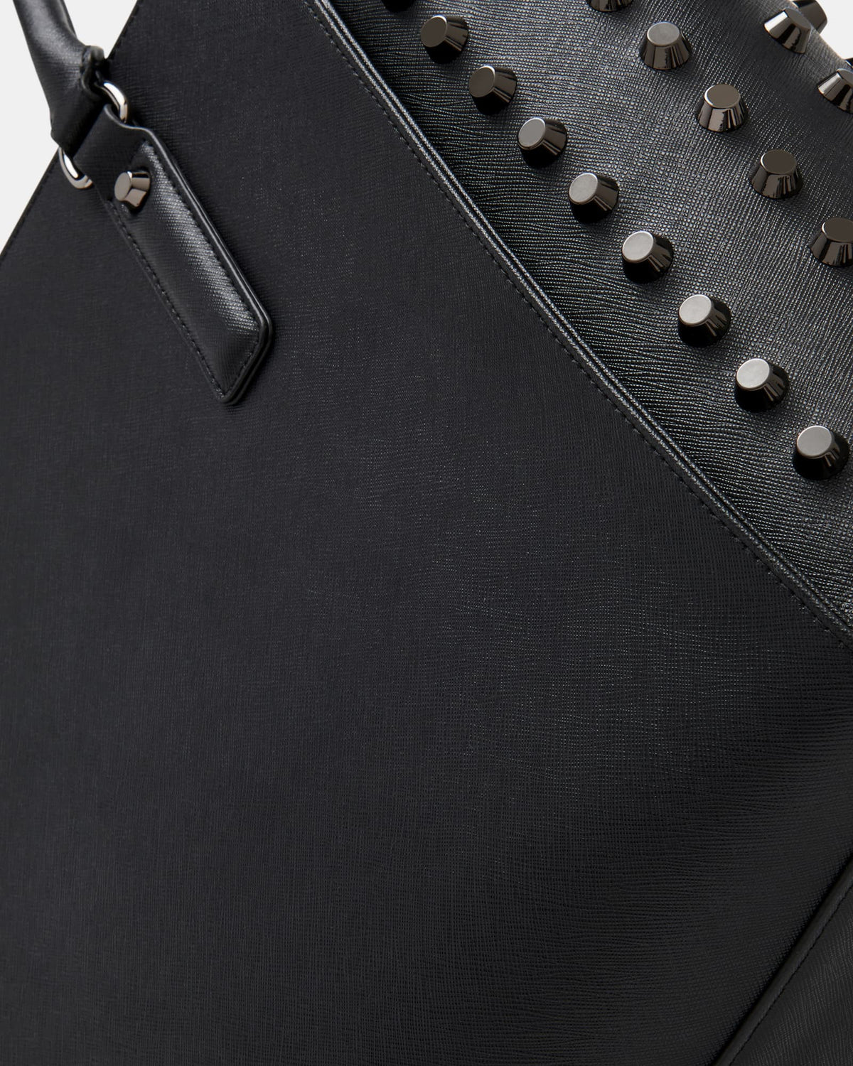 The Stud Rainmaker Tote