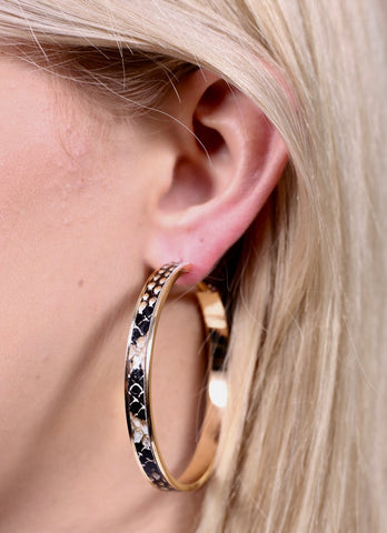 Latchback Snake Hoops