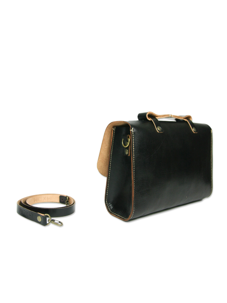 Handcrafted leather briefcase black