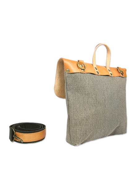 Handcrafted messenger bag classic