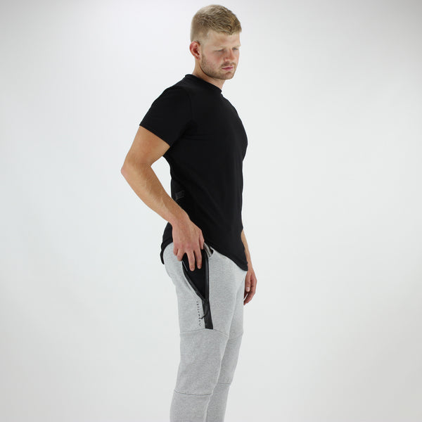 Men's Tech Fit Tapered Joggers in Grey