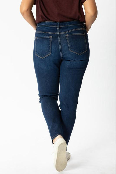 Sherry Non Distressed Curvy Kancan Jeans