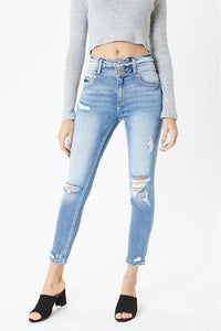 Marylin Curvy Ultra High Rise Kancan Jean
