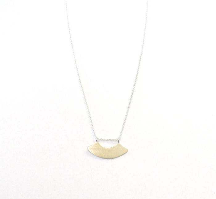 CLAUS petite arch necklace