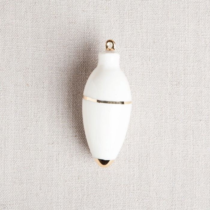 Honeycomb Studio Heirloom Christmas Ornament / Oval White + Gold
