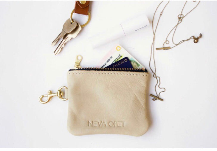 Neva Opet Carrier Card Holder