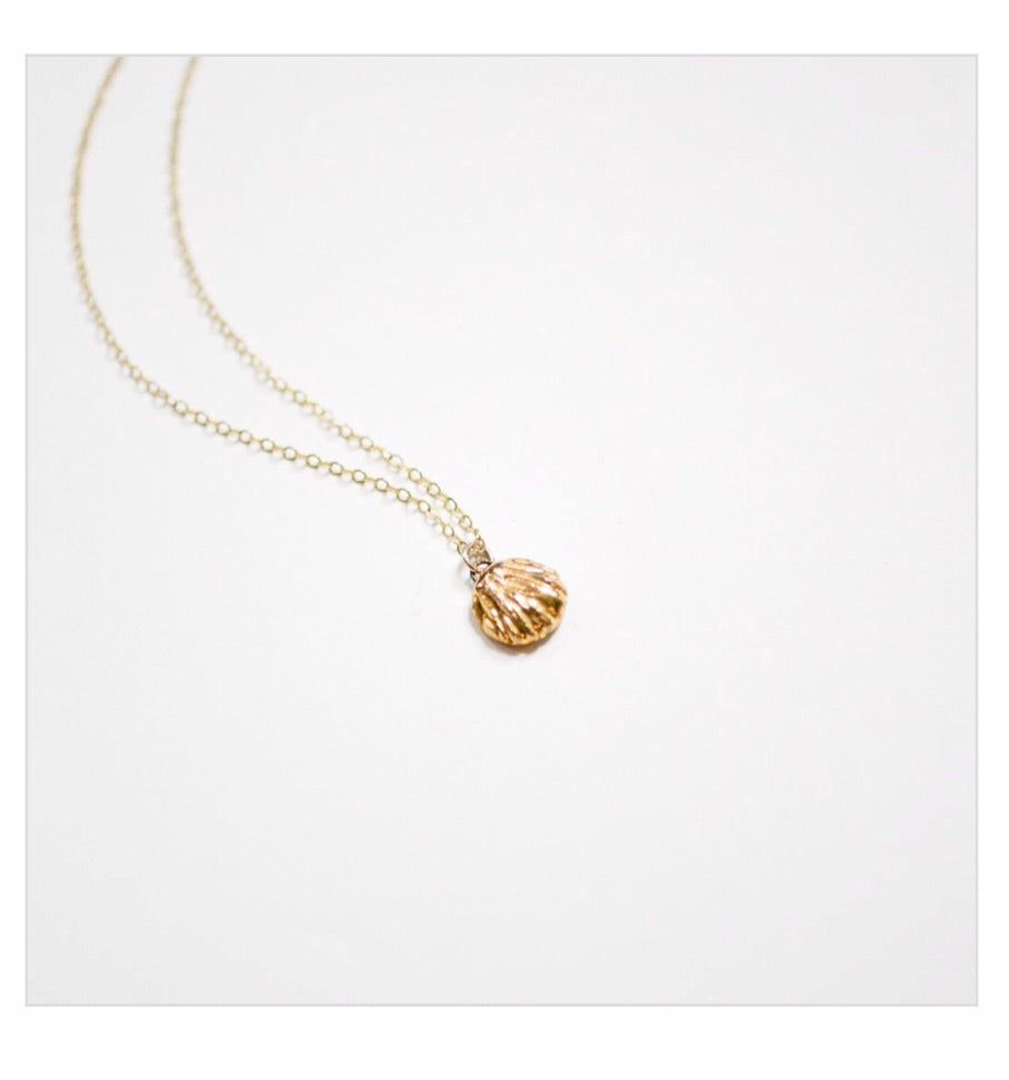 Porcelain and Stone Gold Shell Charm Necklace