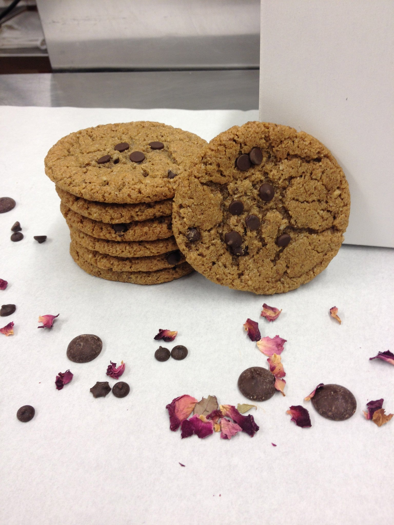 Espresso Chocolate Chip Cookie - Nut Free @