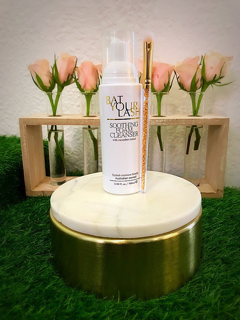 'Oil Free' Foam Lash Cleanser
