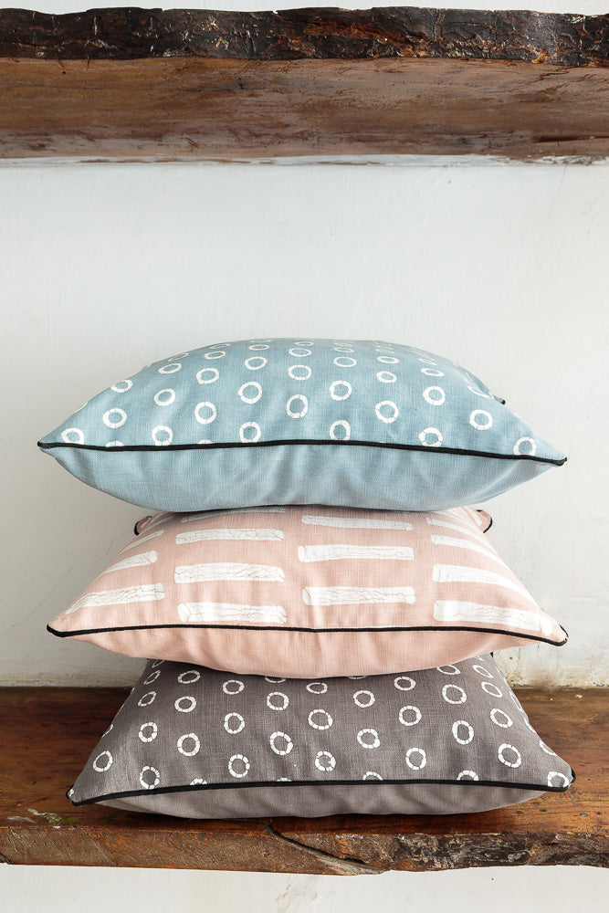 Cushion Covers with Patternity Line Design