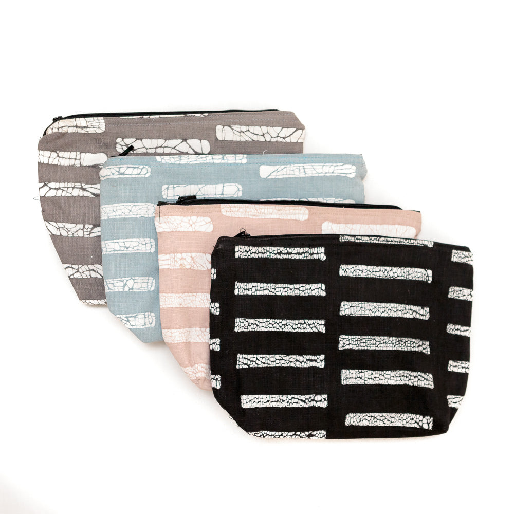 Wash Bag With Patternity Line Design
