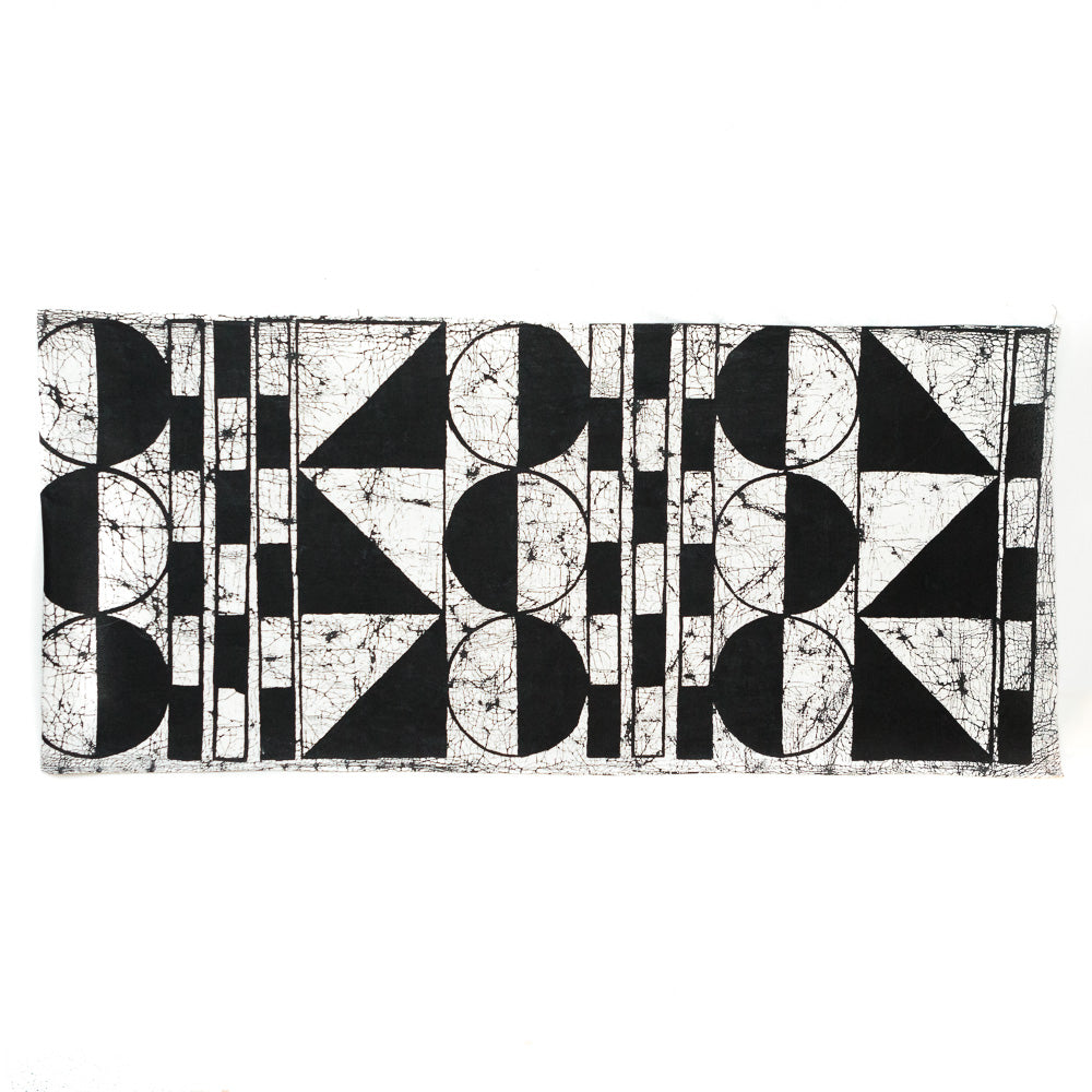 Table Runner with Patternity Design