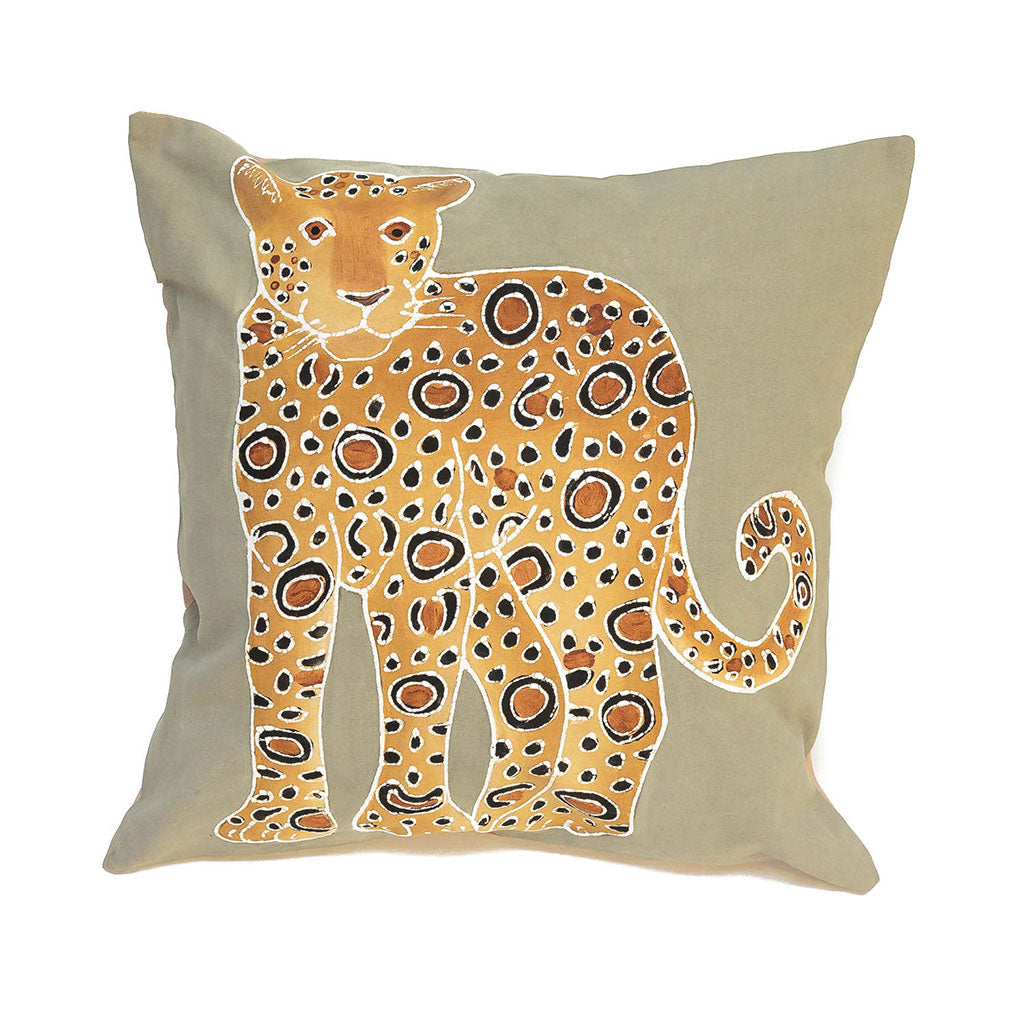 Cushion cover decorated with leopard design