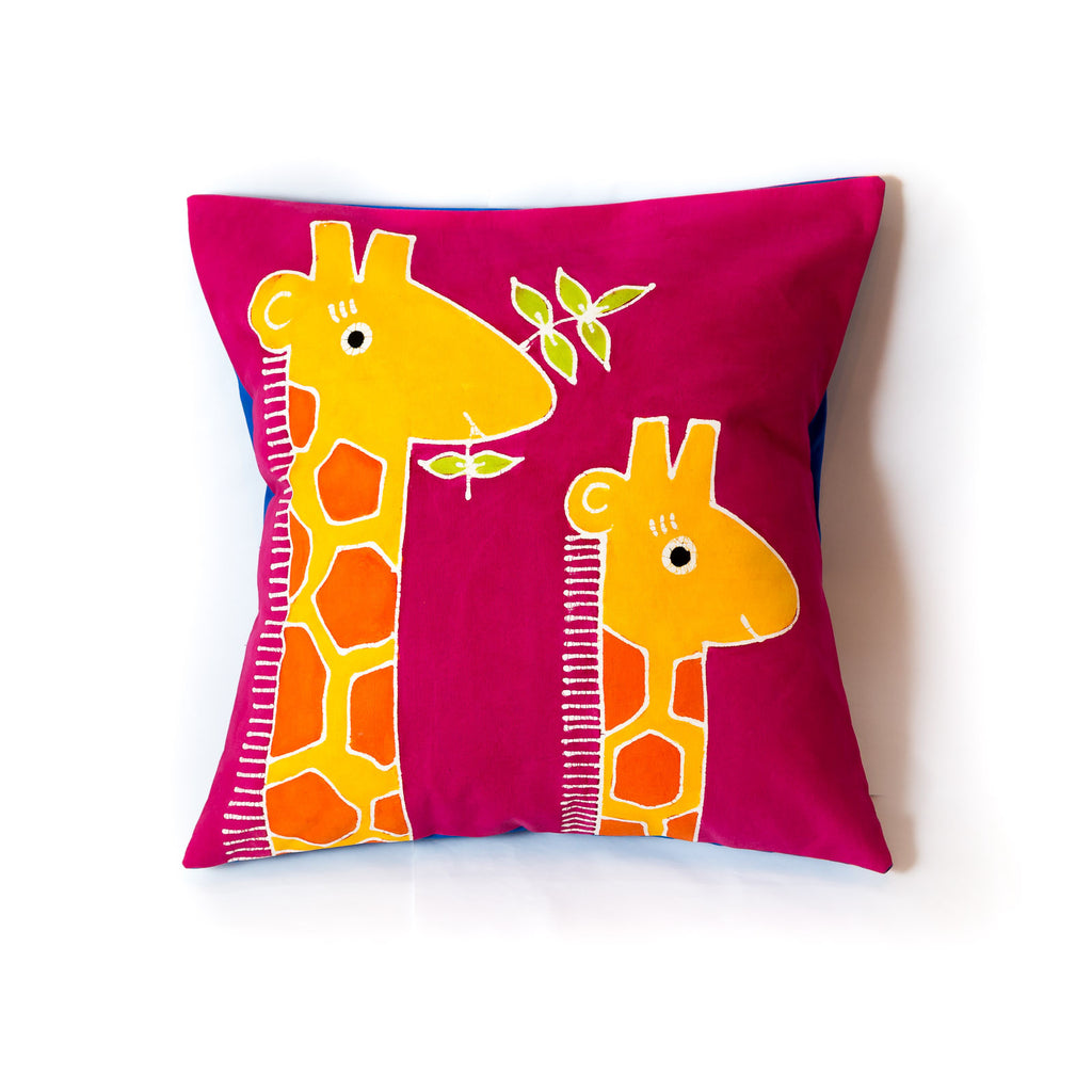 Safari cushion cover for kids with giraffe