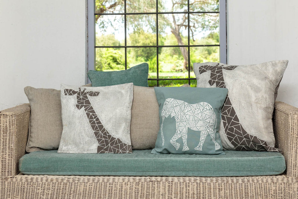 Throw Pillow - Crackle Animals Elephant Light Blue