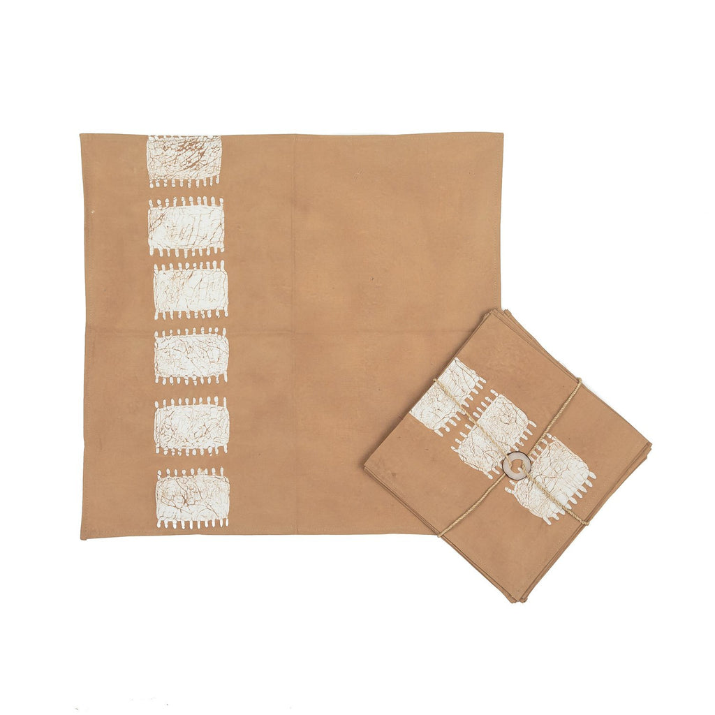 Napkins Hand-painted with spikes patterns in beige colours