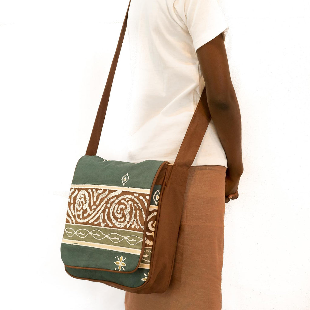 Hand-painted, fair-trade Safari Shoulder Bags Tribal Textiles, rural Zambia.