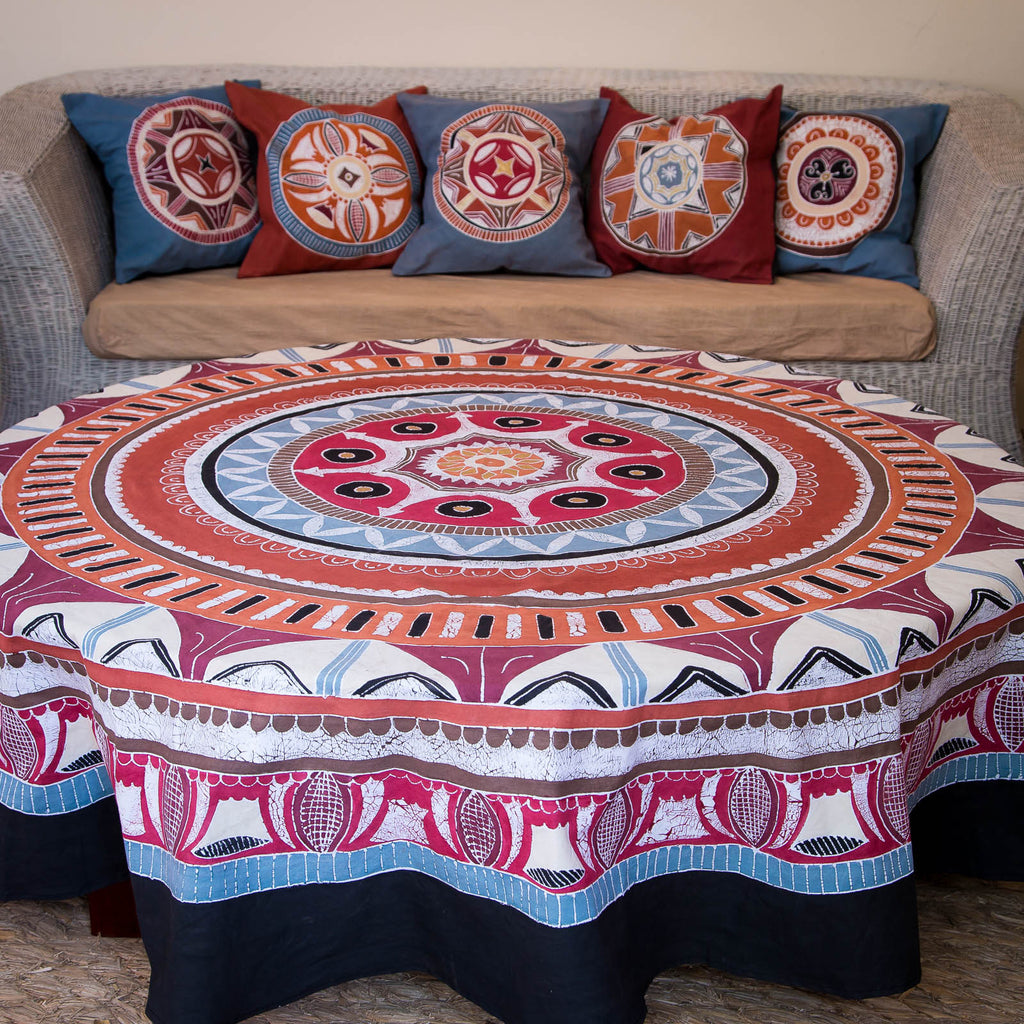 Hand-painted african Table cloths Round with red circles