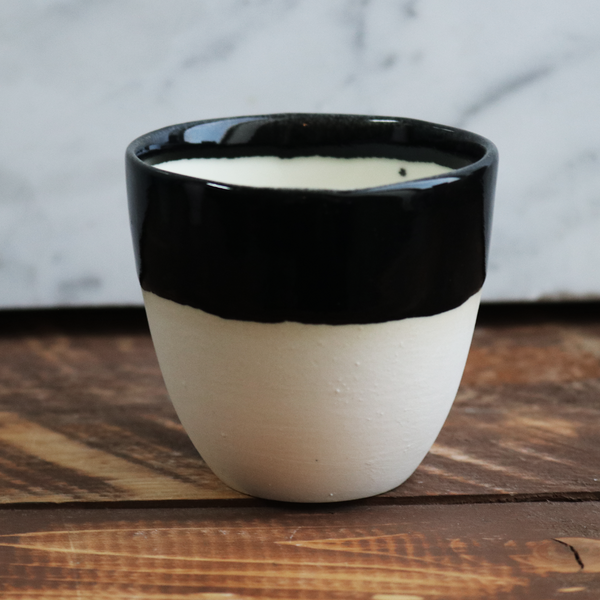 Espresso Cup in White/Black