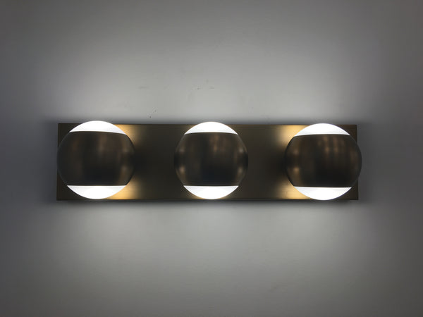 Oko 3-Light Bath Bar