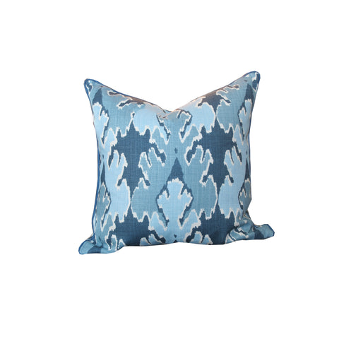 Hawthorne House Bespoke 22 x 22 pillow in Bengal Bazaar Teal