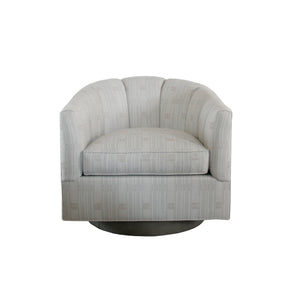 The Lady Swivel Chair in indoor/outdoor fabric