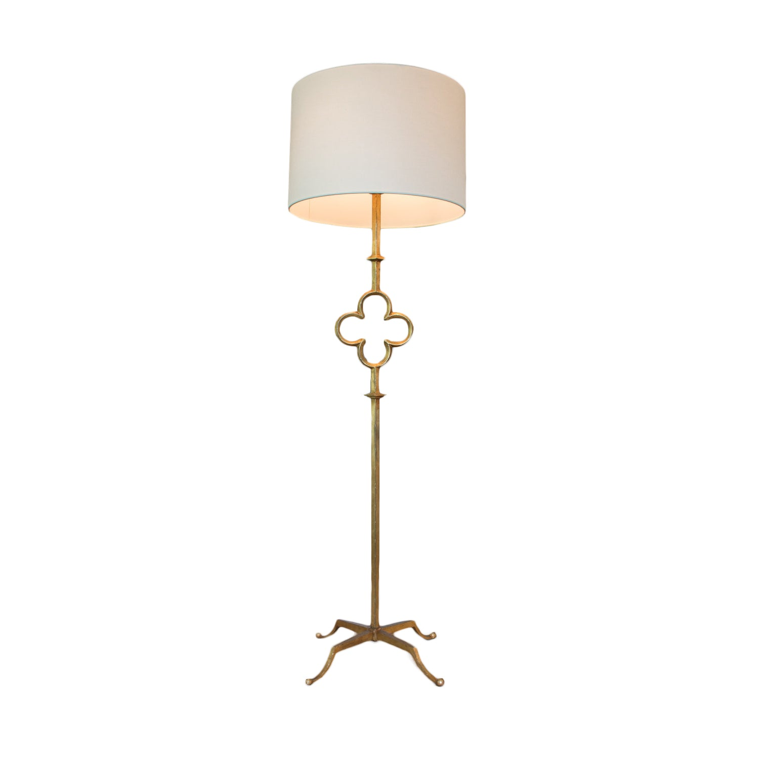 Quatrefoil Floor Lamp in Gilded Iron with Wax with Linen Shade