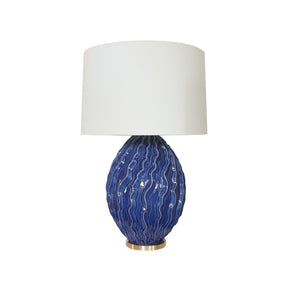 The Dianthus table lamp