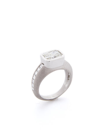 Diamond Bezel Channel Ring