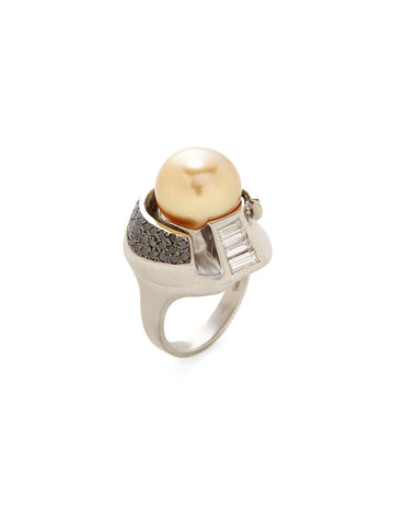 Golden Pearl Diamond Ring