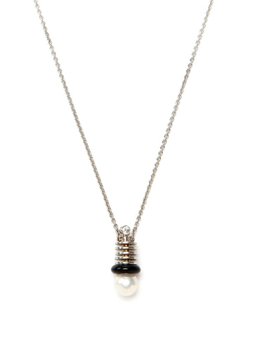 Ridged Top Hat Pearl Diamond Pendant Necklace