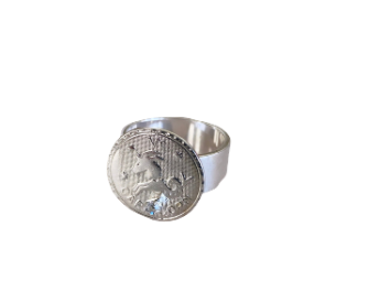 Capricorn ring in plated silver