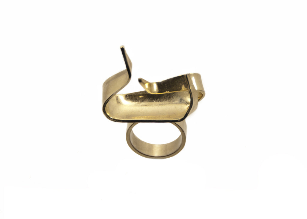 14 kt statement ring