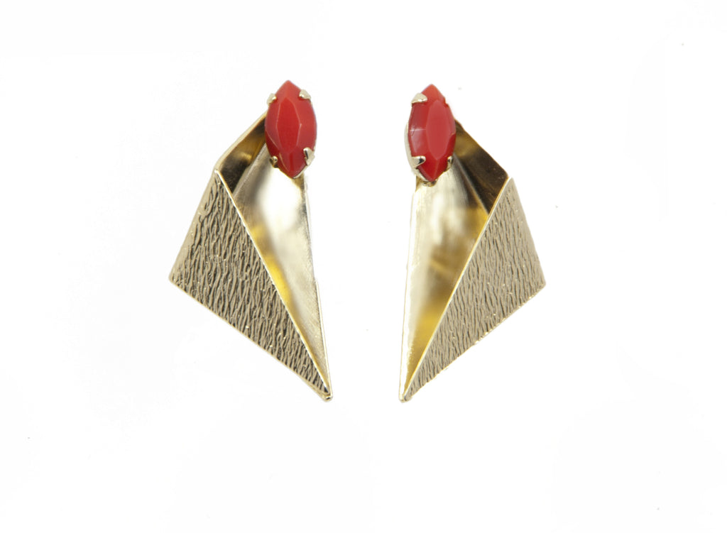 14 kt plated gold earrings with red matte swarovski crystal