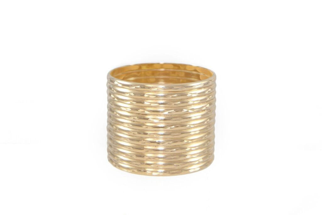 14 kt plated gold bangle