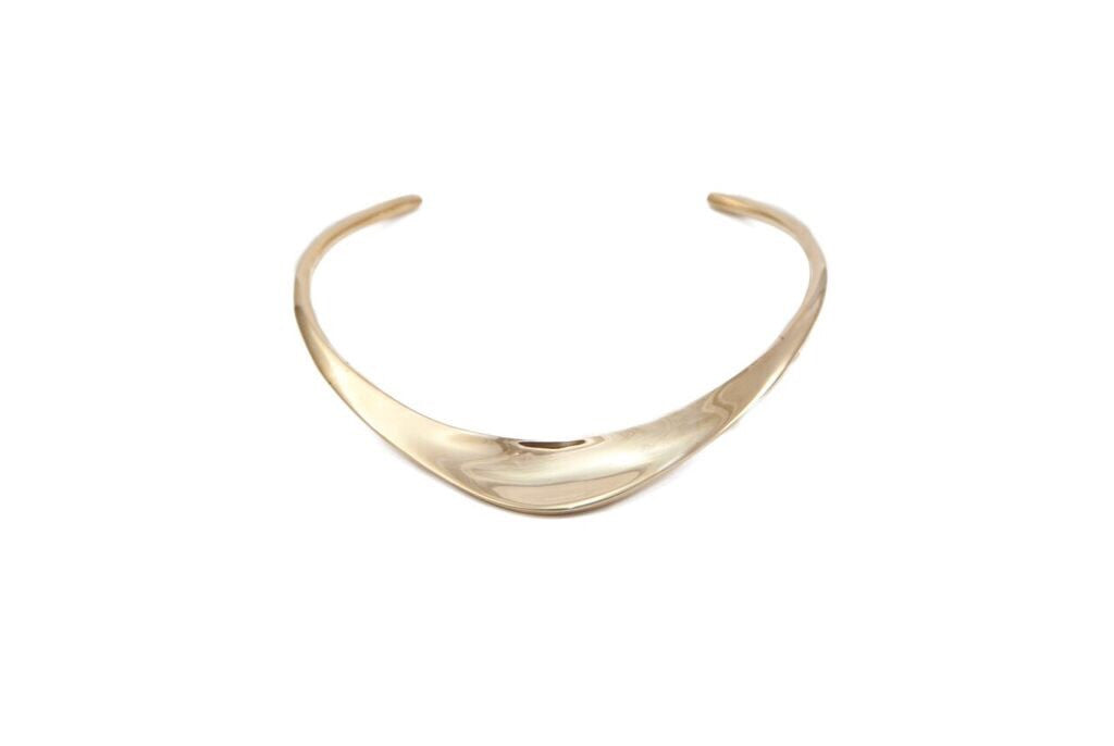 14 kt plated collar necklace