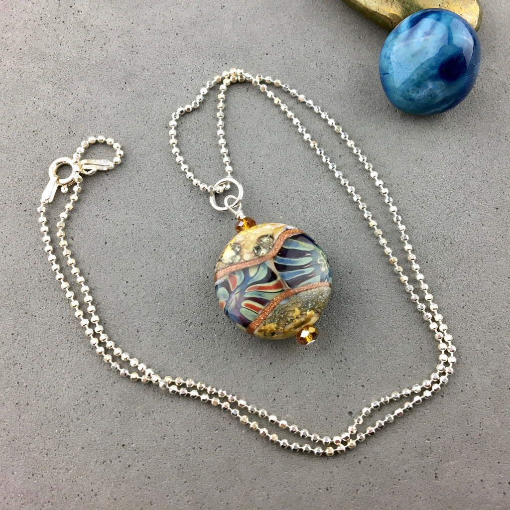 "FOSSIL ~ PENDANT ON AN 18"" STERLING SILVER BALL CHAIN"